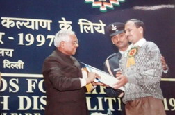 Dinesh Gujar, receiving Best Employee National Award from President of India